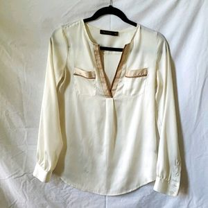 Limited Cream-colored top